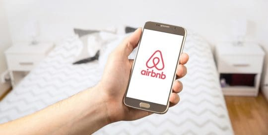 Los golpes recibidos por Airbnb