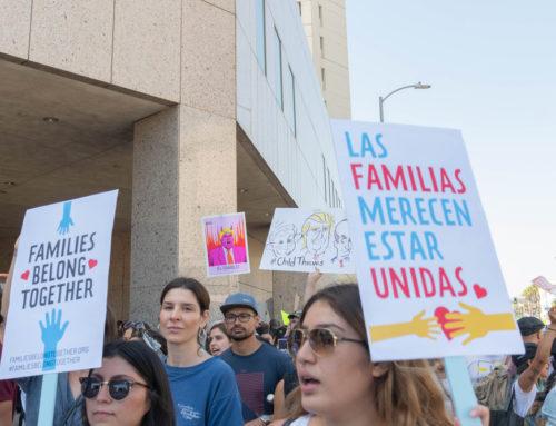 Ayuda millonaria a familias inmigrantes, jóvenes y empresas de minoríasen Illinois