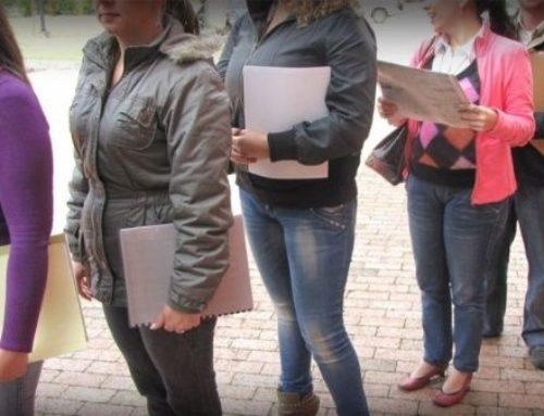 Mayor desempleo entre mujeres inmigrantes y latinas.