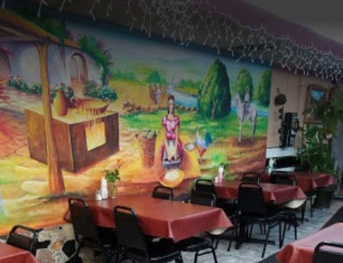 Con ayuda de vecinos reabre el restaurante Cuetzala Gro