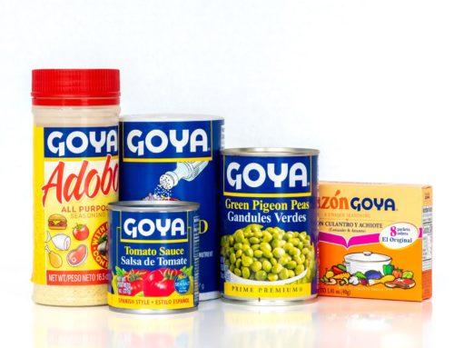 Piden boicotear a Goya Foods por 'bendición' a Trump