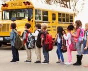 Chicago da marcha atrás y empezará curso escolar con aprendizaje remoto