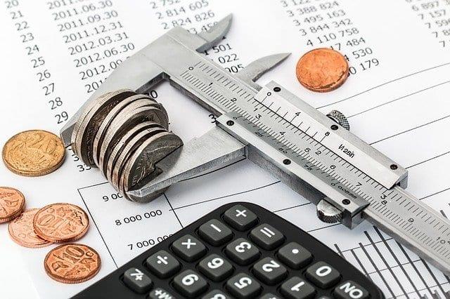 Aumento de impuestos y despidos en el presupuesto 2021