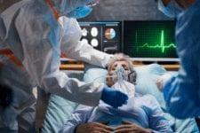 Estados Unidos establece récord de muertes por coronavirus en un día