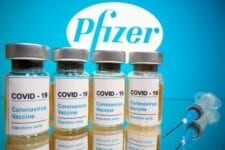 Estados Unidos autoriza primera vacuna de COVID-19 para uso emergente