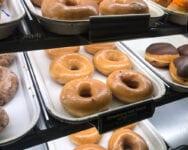 Krispy Kreme regala donas todo el año a los vacunados