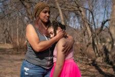 Condados más ricos del país, abrumados por el aumento del hambre infantil
